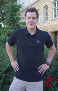Trabant Alfred Katzer mit dem neuen Polo-Shirt