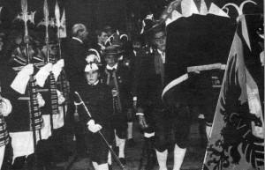 Die Trabantengarde beim Begräbnis von Kaiserin Zita 1989