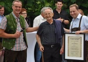 Trabanten ehren ihren Uniformschneider Franz Zedlacher